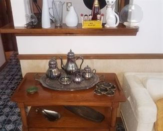 MCM tea cart, flawless condition