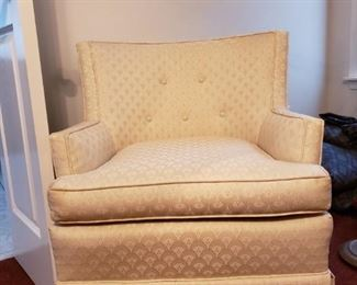 Pristine Upholstered Chair