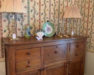 Antique tiger oak dresser/chest
