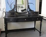 makeupvanity  this is the thomasville top a very impressive piece not the table itself very versitale can go anywhere the drawers are set up for jewelry with removable trays    $150  brand new in boxes assembly takes 5 minutes.