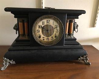 Antique Mantle Clock BUY IT NOW $100