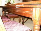 Thomasville Dinning Room Table