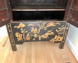 Detail cabinet open