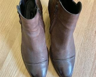 $ 50 Paul Green boots  Size 8.5