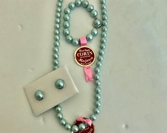 """$ 90 Mayorca pearl necklace, bracelet and earrings never worn with original tags  Necklace 23"""" long, Bracelet 7.5"""" long, earrings 1/2 inch diameter"""