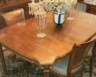 Dining Table by White Fine Furniture with 6 Chairs 1 leaf & Padding.