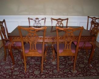 """Pennsylvania House Dining table and 8 chairs and 2  leaves, Shaw Rug 7'8""""x 10'9"""""""