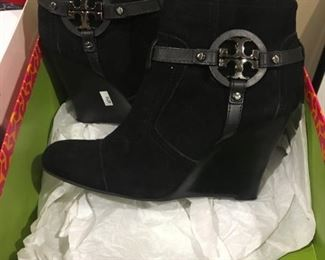 TORY BURCH WEDGE SIZE 8.5M - BUY IT NOW $150