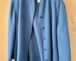 $65 - Oscar de La Renta peacock blue angora, wool and nylon blend jacket. Size 22W