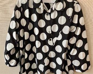 $30 - Ela black with cream circles cotton/polyester blouse. Size 1X