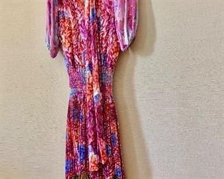 $50 - Diane Freis vintage 100% silk dress with scarf.  Estimated size 4/6.