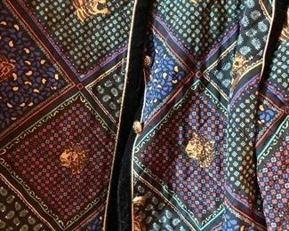 Detail: Saks Fifth Avenue quilted silk jacket and skirt set. Size 46.