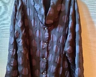 Detail; Babette high quality polyester snap front jacket.  Size XL.