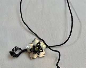 """$65 sculptural floral lariat jewelry on a wire, signed.  22""""L"""