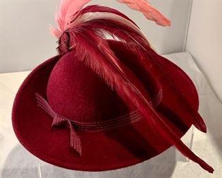$25 Vintage Bellini felt hat