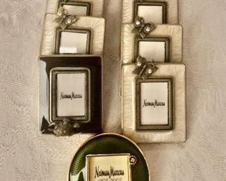 """$100  Lot of seven Jay Strongwater Miniature place card holders  Rectangular - 2""""H x1.75""""W.  Circle - 2""""D"""