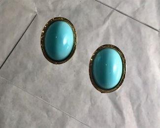 $20 Vintage Kenneth Lane clip earrings