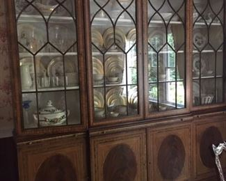 EJVictor China Cabinet