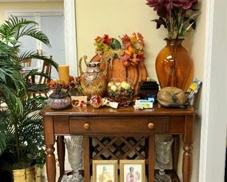 Great table/wine rack, Fall decor, silk palm tree in brass container