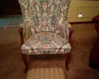 Chair w/stool