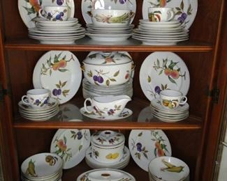 Large Set of Royal Worcester Evesham China with Accessories Service for 8 $400