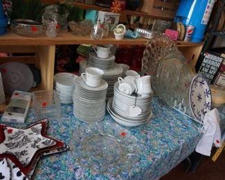 china, serving platters, decor