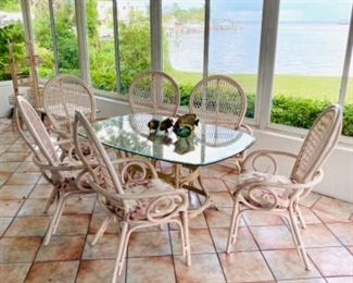 Wonderful rattan patio set