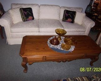 Thomasville Coffee Table, Henredon Sofa (kitty cat got to the ends)