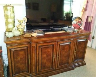 Drexel Entertainment Console, Sony Bravia 40""