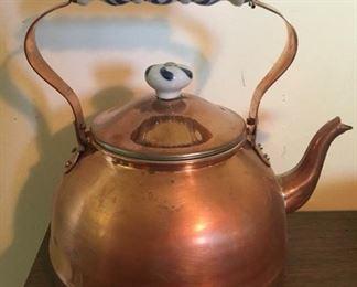 022D Vintage Copper Kettle Misc Decor