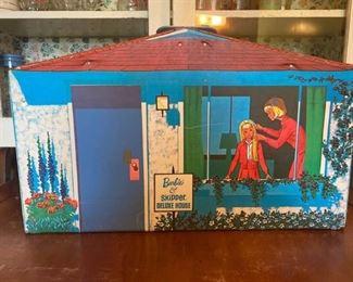 10DK Vintage Barbie and Skipper Deluxe House