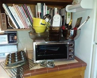 049K Delonghi Toaster Oven, Oxo, Cookbooks, Baking More