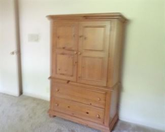 armoire - matches bed