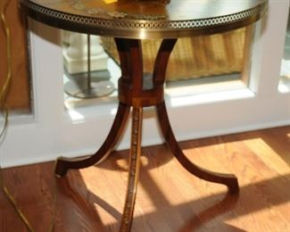 ORIENTAL STYLE TABLE WITH DECORATED TOP