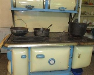 Wehrle stove & cast iron cookware