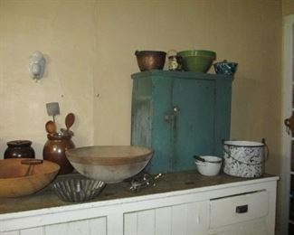 green wall cupboard & country primitives