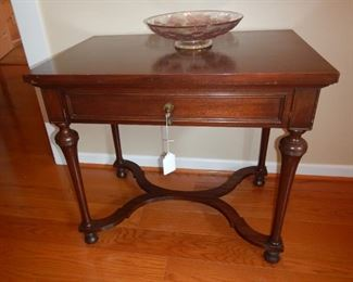 One drawer mahogany side table with fluted base