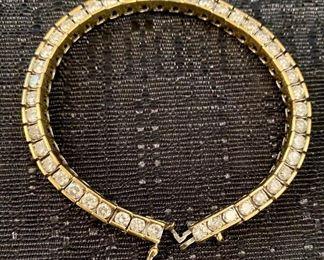 AMAZING 14kt gold and 45 full cut diamonds tennis bracelet ❤️❤️