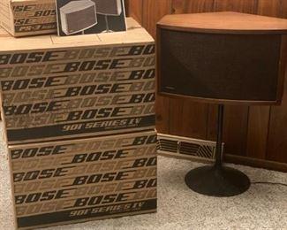 Set of 2 Bose Speakers