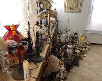 Hundreds of lamp bases some Tiffany - and tiffany style - Lamp parts and shades
