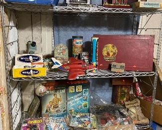 Vintage toys and pop culture items