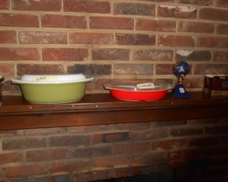 Verde and Cinderella Pyrex bowls with lids