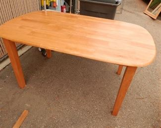 Discounted set ***$280***     Photo of the Solid Mahogany Dining Table by itself