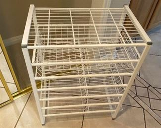 elfa shelves, we have several of these!