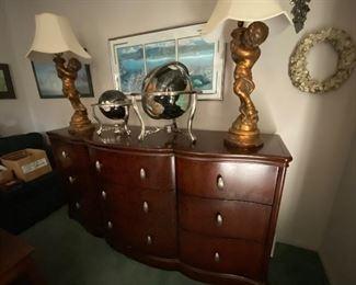 Bernhardt chest of drawers