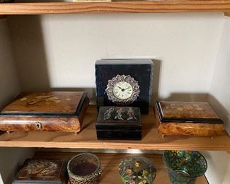 Inlaid music boxes