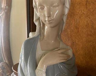 Lladro Madonna porcelain bust