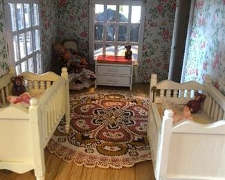 Dollhouse twin beds