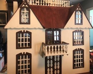 Custom made doll house with balcony and roof devk - each room furnished with collectible doll house furniture