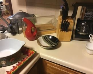 Mr. Coffee coffee maker, butcher block knife set, bread box